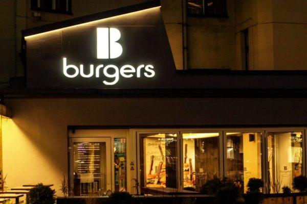 gaismas_reklama_bburgers