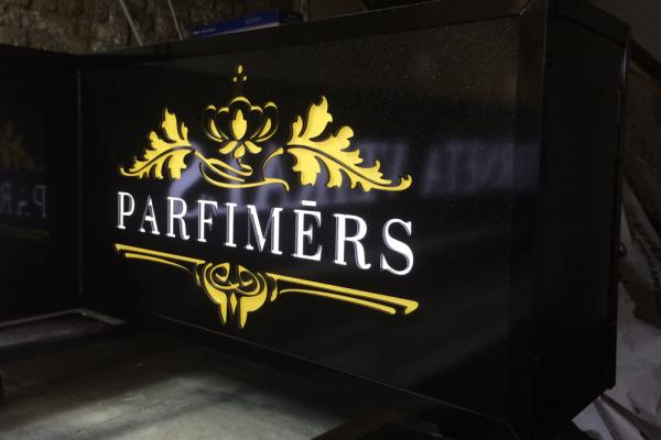 maraprint_parfimers_izkartne