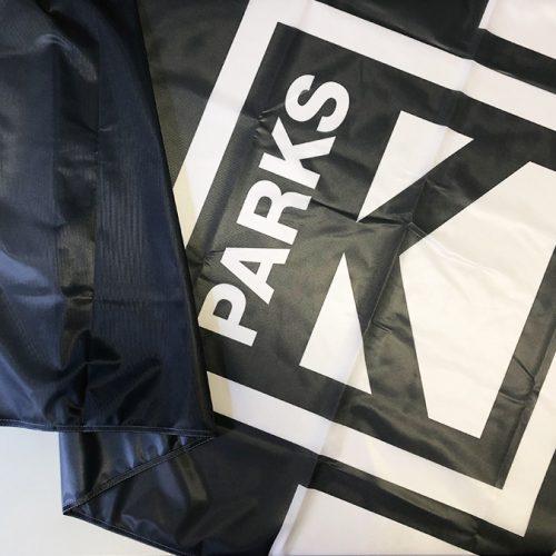 K-PARKS karogs mastam