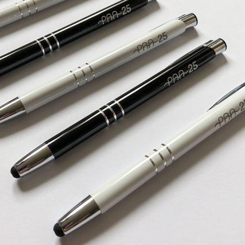 Pildspalvas ar skārienjūtīgo uzgali