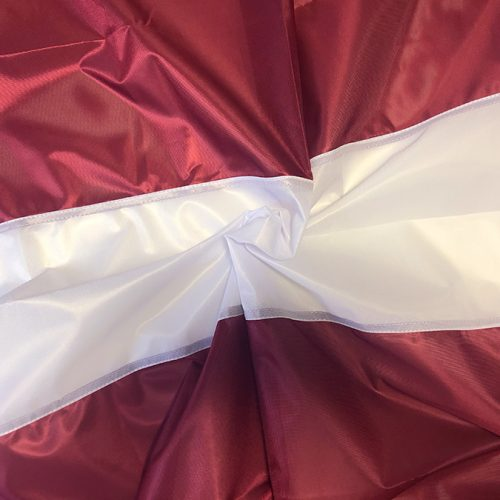 LATVIJAS karogs mastam